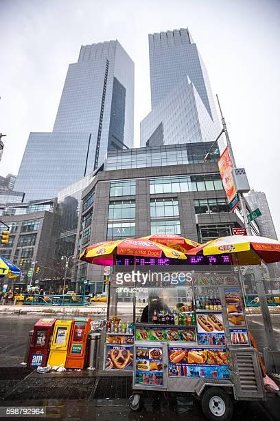 Fast food and drinks kiosk on New York street, USA