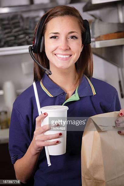 Trabajador restaurante de comida rápida
