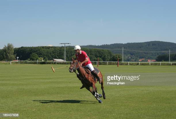 Fast polo player