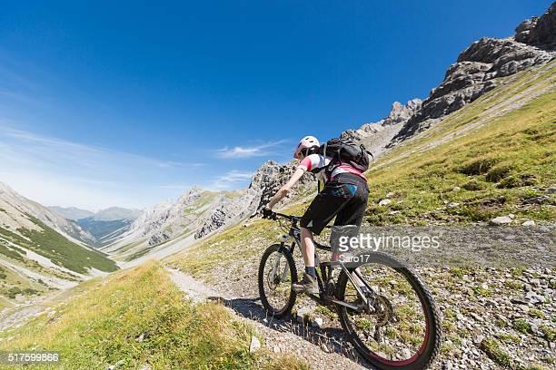 Schnell, einfach Weg bergab im Welschtobel, Schweiz