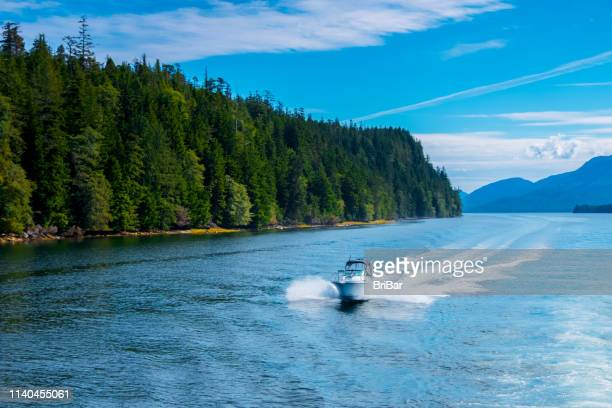 fast speedboat - nautical vessel stock pictures, royalty-free photos & images