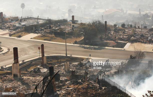 A fastmoving windfueled wildfire swept through the Clearpoint neighborhood of Ventura destroying many homes early Tuesday burning over 45000 acres...
