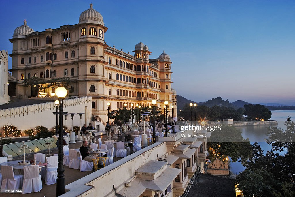 Fateh Prakash Palace, built along the shores of Lake Pichola. This Grand Heritage Hotel was named after Maharana Fateh Singh, a great leader of the Merwar dynasty. Udaipur, India. : Stock Photo