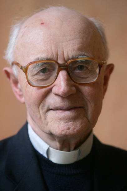 Father Albert Vanhoye of France poses at The Pontifical Biblical Institute, in Rome 23 February 2006. Pope Benedict XVI nominated, Vanhoye and 14...