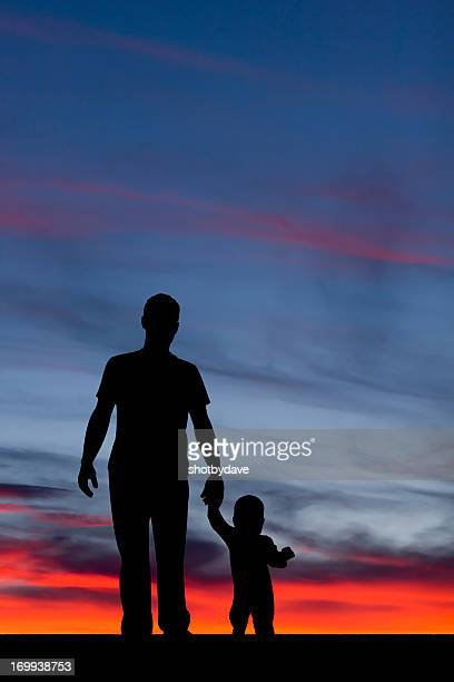 father and child - fathers day stock pictures, royalty-free photos & images