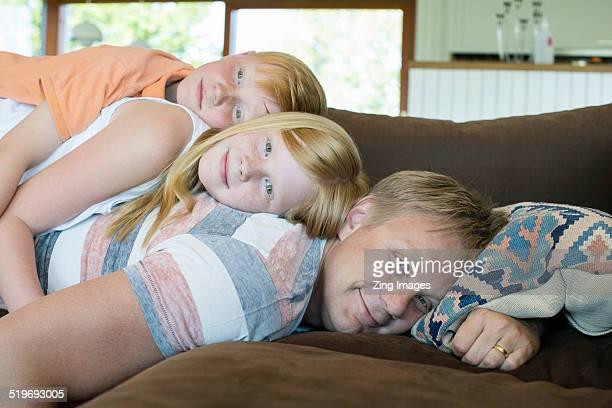 father and children - 8 9 anni foto e immagini stock