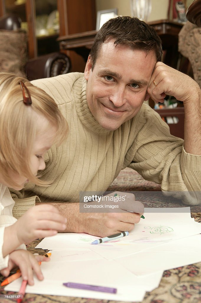 Father and daughter coloring : Stockfoto