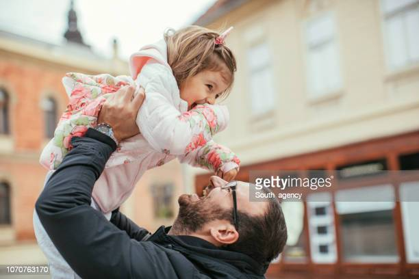 father and daughter - fathers day stock pictures, royalty-free photos & images