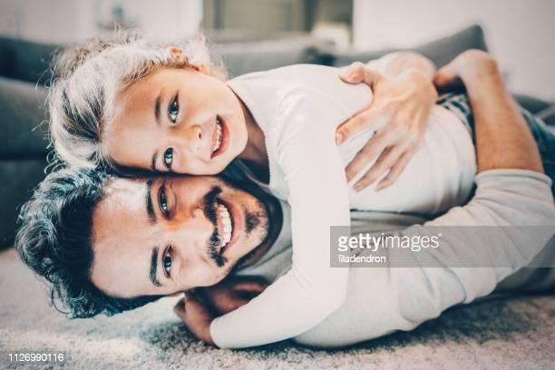 pai e filha - filha - fotografias e filmes do acervo