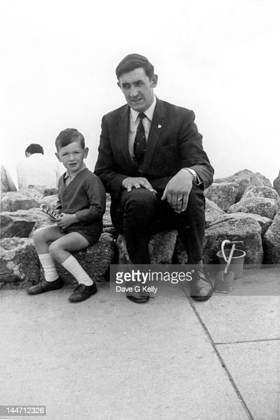 father and son - 1970 stock pictures, royalty-free photos & images