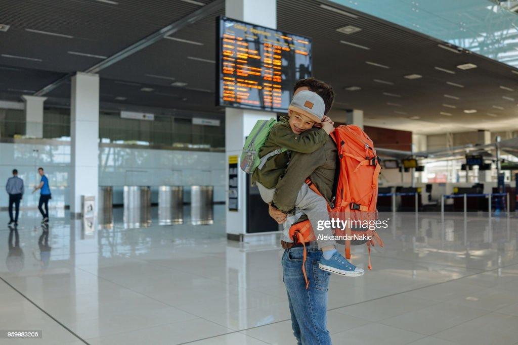 Vater und Sohn zusammen reisen : Stock-Foto