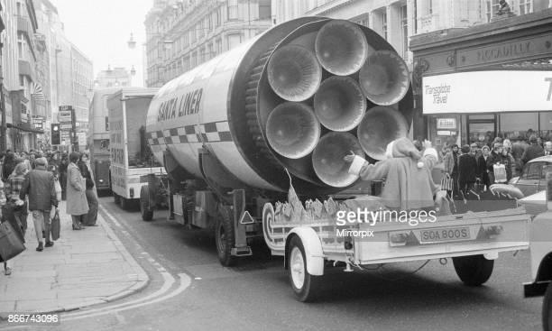 Father Christmas Tours Birmingham City Centre, 8th December 1979. Santa Liner.