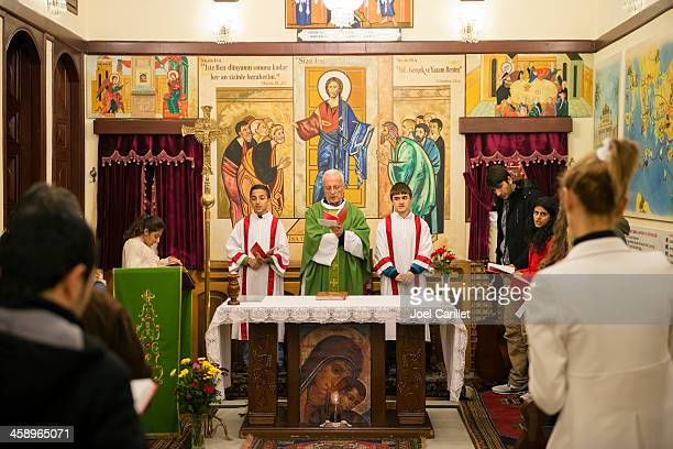 christian worship in antakya, turkey - religious mass stock pictures, royalty-free photos & images