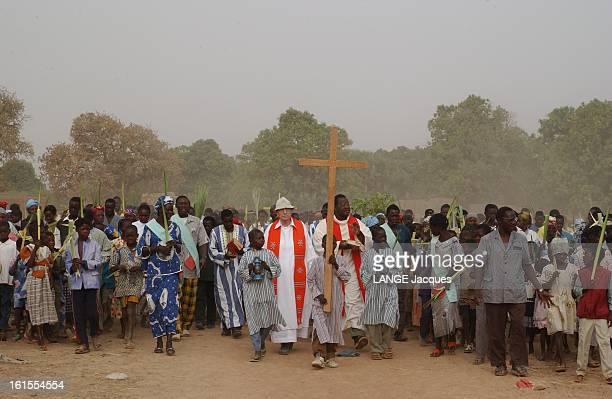 Father Francois De Gaulle Soldier Of Good God Le père François de Gaulle neveu du général poursuit au Burkina Faso la mission religieuse et...