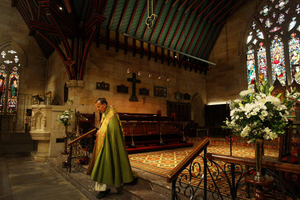 AUS: Sunday Church Services Resume In Sydney As NSW COVID-19 Restrictions Are Eased