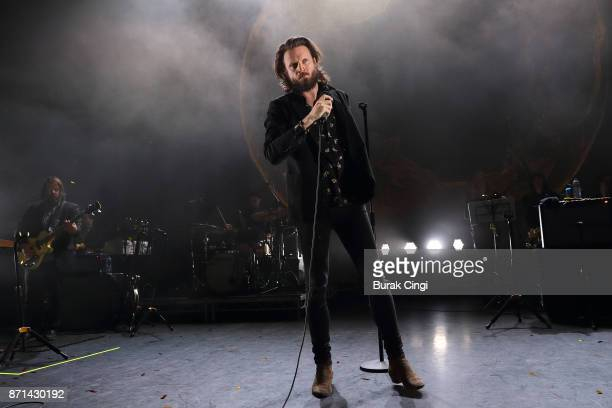 Father John Misty performs at Eventim Apollo on November 7 2017 in London England