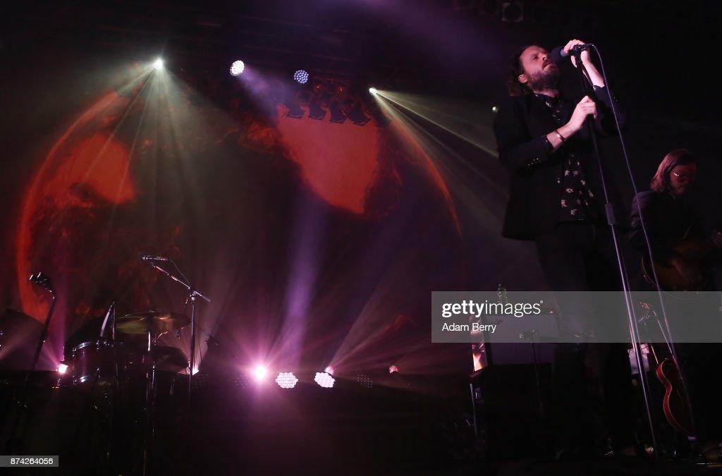 Father John Misty (Josh Tillman) performs at Huxleys Neue Welt on November 14, 2017 in Berlin, Germany.