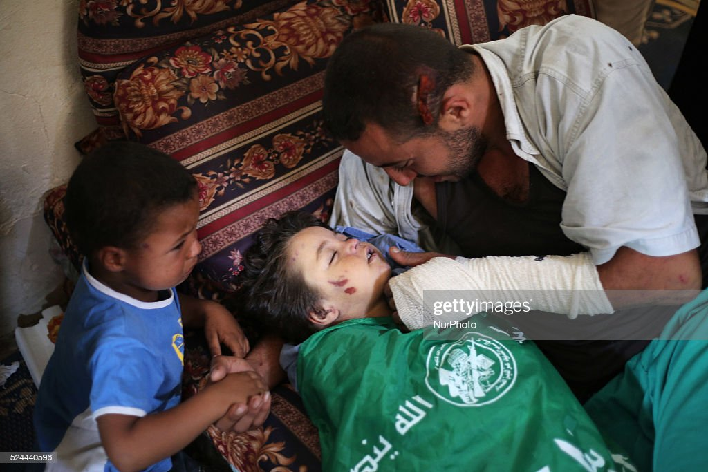 Gazan pregnant woman and her 2 year-old girl killed by Israeli warplanes : News Photo
