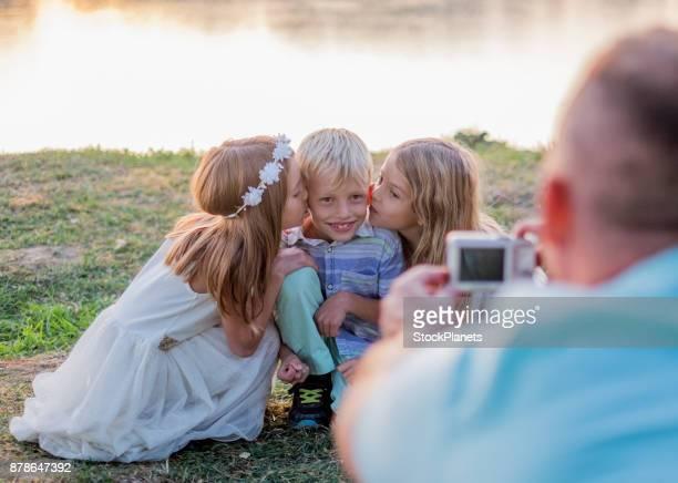 Vater Fotografieren Kinder