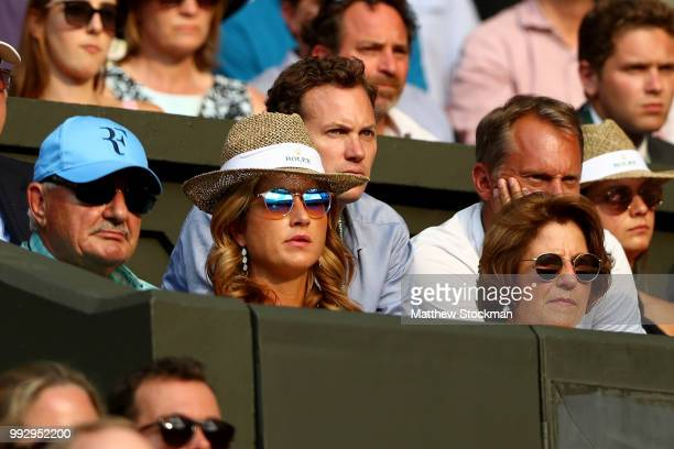Father Robert Federer wife Mirka Federer and mother Lynette Federer watch as Roger Federer of Switzerland plays JanLennard Struff of Germany during...