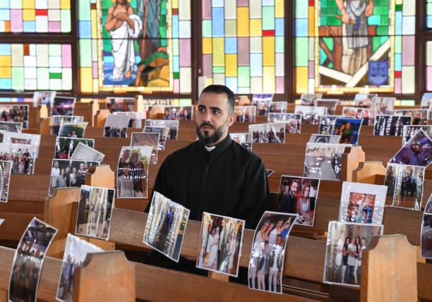 AUS: Sydney Priest Prepares For Easter Services Without Congregation