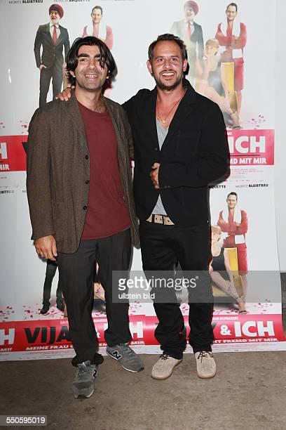 Fatih Akin der deutschtuerkische Filmregisseur und Produzent mit Moritz Bleibtreu dem deutschen Schauspieler bei der Premiere des Films VIJAY UND ICH...