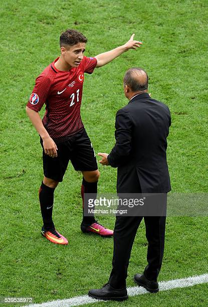 Fatih Terim head coach of Turkey instructs his player Emre Mor during the UEFA EURO 2016 Group D match between Turkey and Croatia at Parc des Princes...