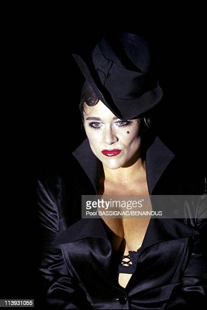 Fatima Lopes fashion show for the SpringSummer 2003 Readytowear collections in Paris France On October 09 2002Samantha Fox
