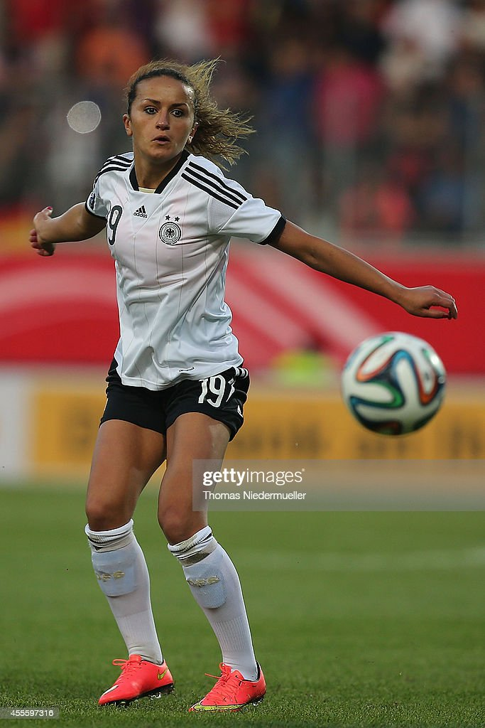 Germany v Ireland - FIFA Women's World Cup 2015 Qualifier