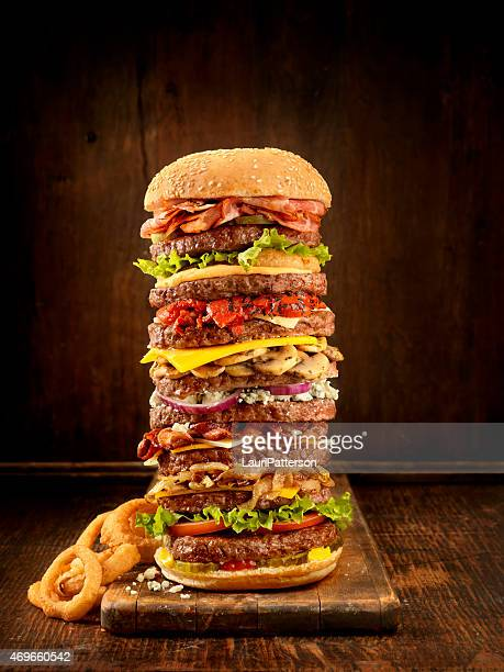 favourite burger toppings - cheeseburger stock pictures, royalty-free photos & images