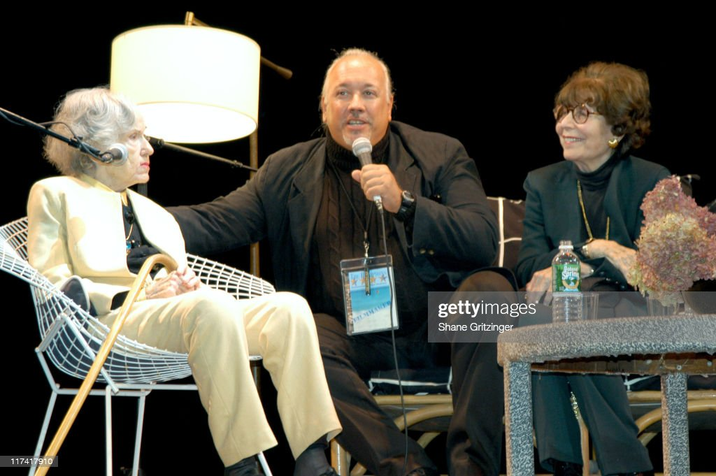 The 11th Annual Hamptons International Film Festival - A Conversation with Fay Wray, Betty Comden and Patricia Neal : News Photo