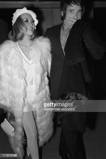 Faye Dunaway and Warren Beatty at premiere of 'Bonnie and Clyde' in Paris France on January 20 1968