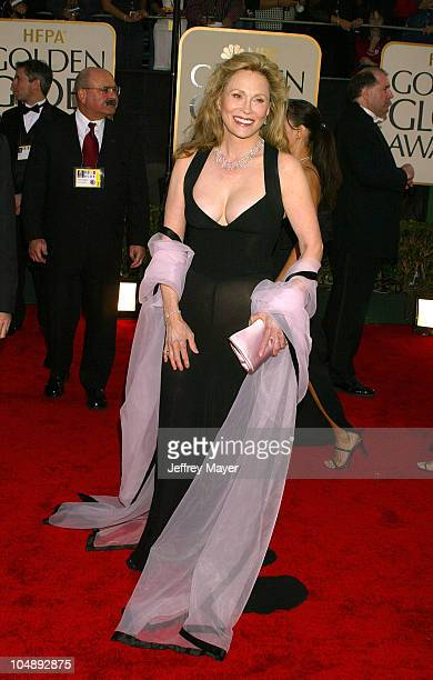 Faye Dunaway during The 60th Annual Golden Globe Awards Arrivals at The Beverly Hilton Hotel in Beverly Hills California United States