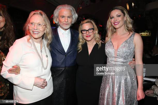 "Faye Dunaway, Hermann Buehlbecker, Patricia Arquette, Kiera Chaplin during the Lambertz Monday Night 2020 ""Wild Chocolate Party"" on February 3, 2020..."