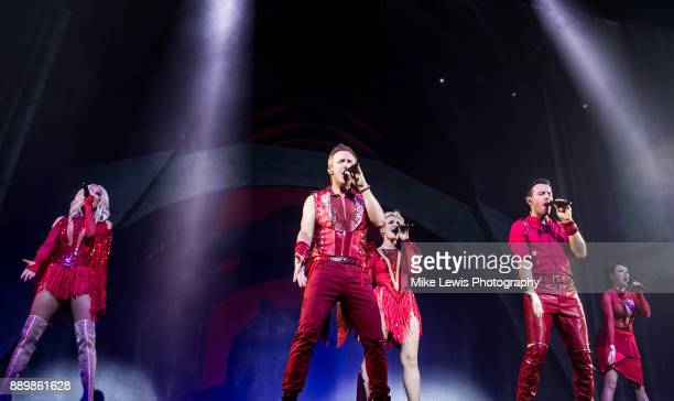 Faye Tozer Ian 'H' Watkins Claire Richards Lee LatchfordEvans and Lisa ScottLee of Steps perform on stage at Motorpoint Arena on December 10 2017 in...