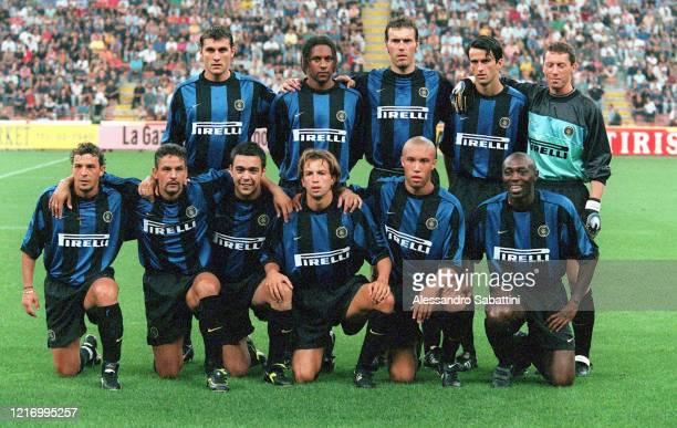 Fc Internzionale team Christian Vieri, Ousmane Dabo, Laurent Blanc, Christian Panucci, Fabrizio Ferron, Francesco Moriero, Alvaro Recoba, Benoit...