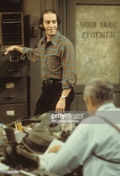 MILLER 'Fear of Flying' Airdate January 29 1976 GREGORY