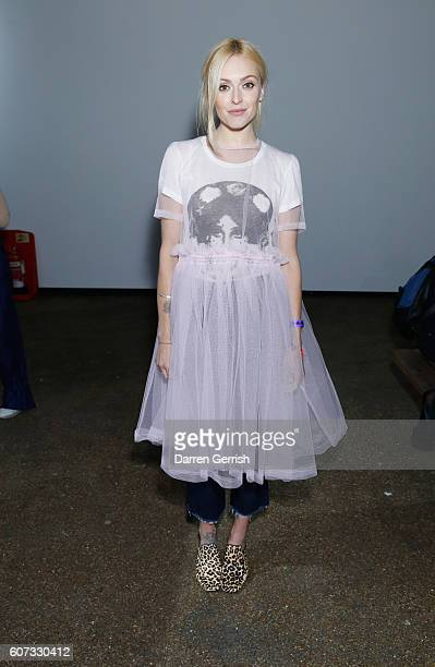 Fearne Cotton attends the Molly Goddard show during London Fashion Week Spring/Summer collections 2016/2017 on September 17 2016 in London United...