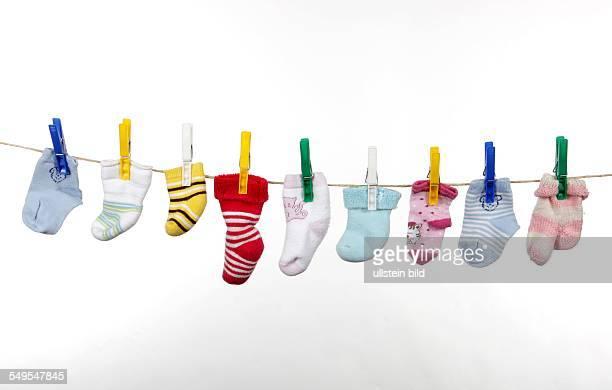 Feature Kinder / Nachwuchs Söckchen auf der Wäscheleine
