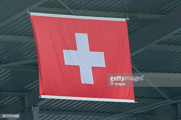 Samstag Europameisterschaft in Frankreich Lens Albanien Schweiz 01 feature Schweizer Nationalflagge