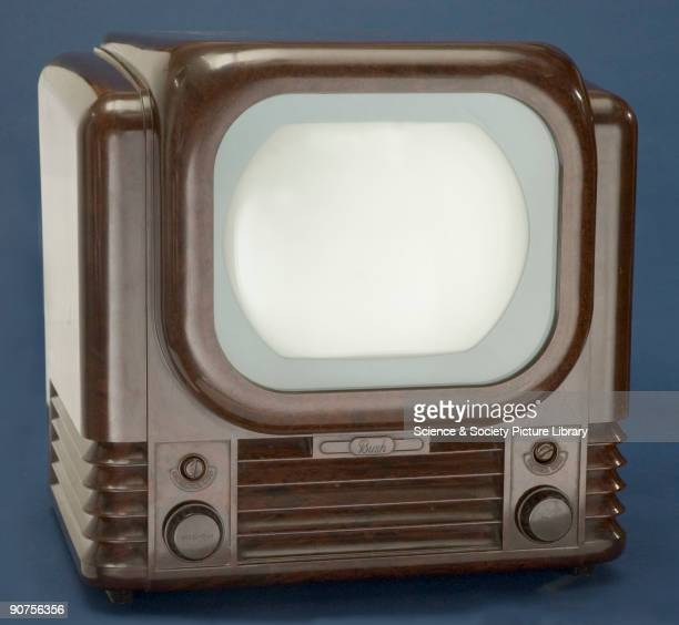 Featuring a 9inch screen the Bush TV22 was first made in 1950 It remained in production for several years and in 1955 a Band III converter was...