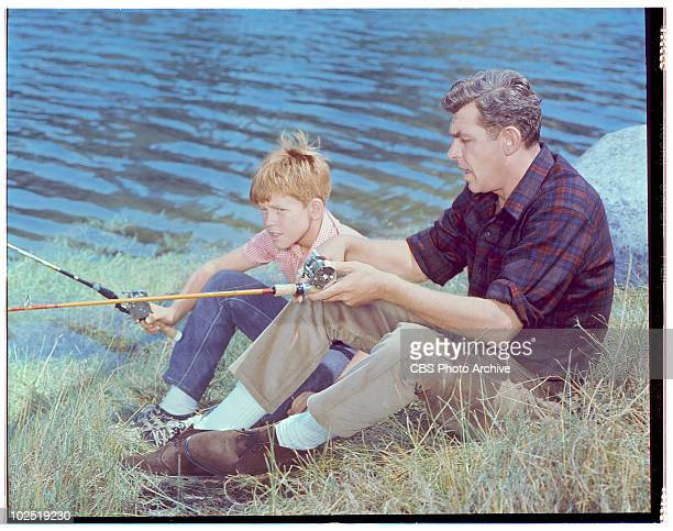 Featuring Andy Griffith and Ron Howard . Andy Griffith;Ron Howard