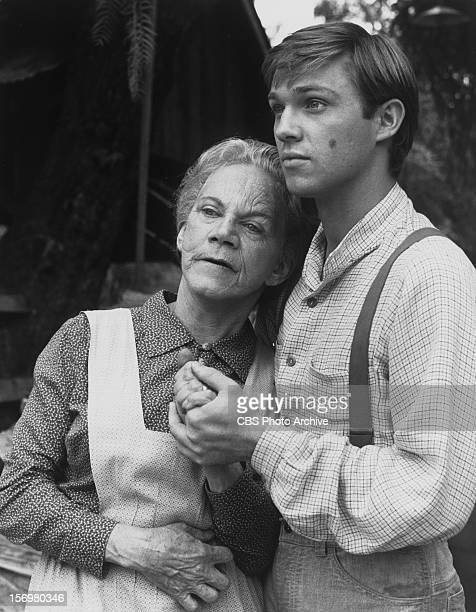 WALTONS featuring cast members Ellen Corby and Richard Thomas Neg Dated June 3 1976