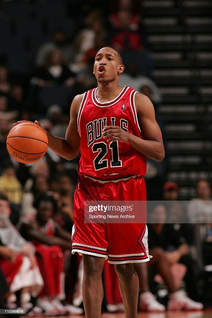 NBA: Bobcats Beat Bulls 100-85 : News Photo