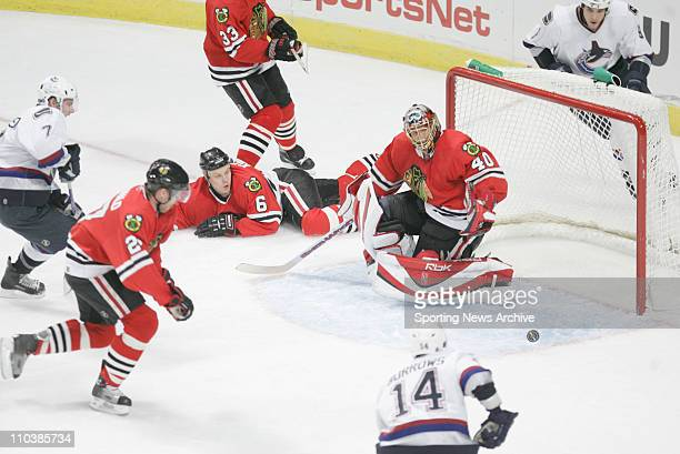 Feb 16, 2007 - Chicago, IL, USA - Vancouver Canucks BRENDAN MORRISON against Chicago Blackhawks PATRICK LALIMA, CRAIG MACDONALD at the United Center....