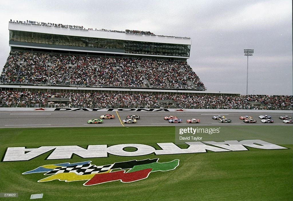 Race Start : News Photo