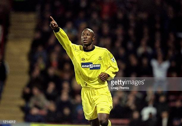 Kevin Campbell celebrates his goal for Everton during the FA Carling Premier League match against Wimbledon played at Selhurst Park in London Everton...