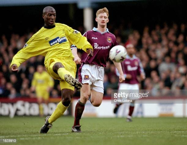 Kevin Campbell of Everton during the FA Carling Premiership game between West Ham and Everton at Upton Park in London The game ended 04 to Everton...