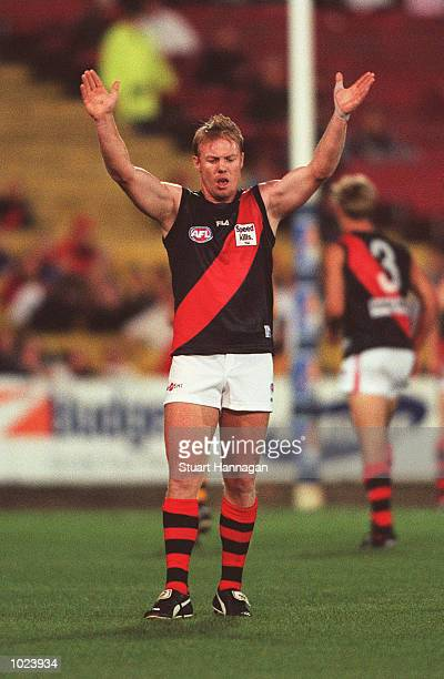 Paul Barnard for Essendon stands the mark in the match between Hawthorn and Essendon during round three of the AFL Ansett Cup played at Waverley Park...