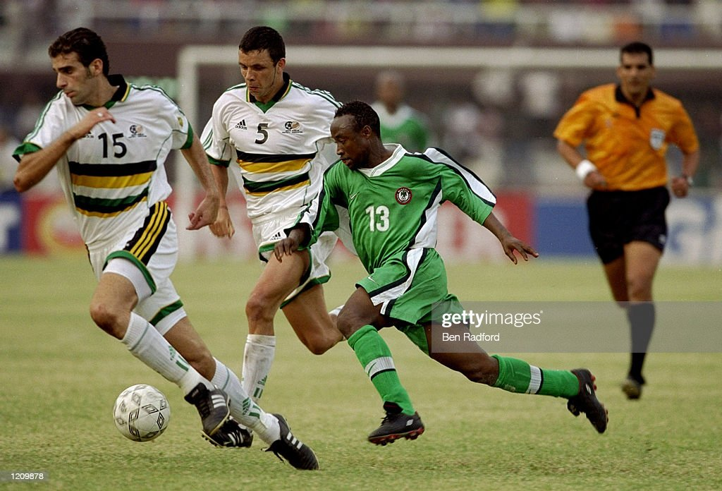 Tijani Babangida of Nigeria with Pierra Issa and Mark Fish of South Africa... : ニュース写真